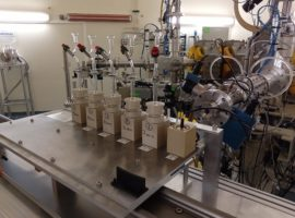 A new autosampler on the AX-4 line of the Arronax cyclotron